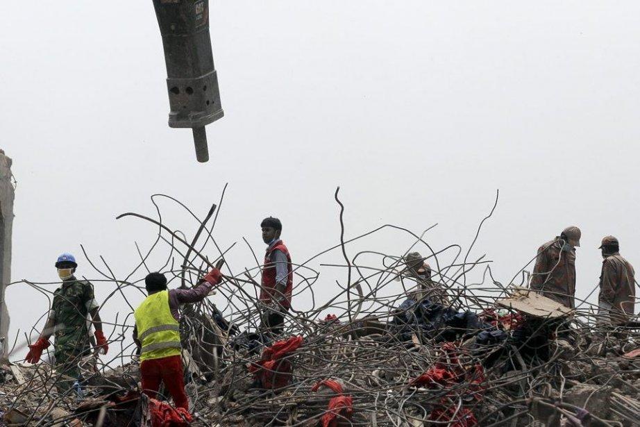 Selon l'armée, il n'y avait désormais plus aucune... (Photo Ismail Ferdous, Associated Press)