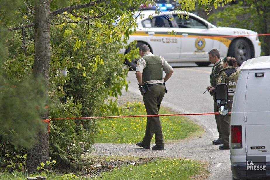 Vers 7h40 mardi matin, les policiers ont été... (Photo Patrick Sanfaçon, La Presse)