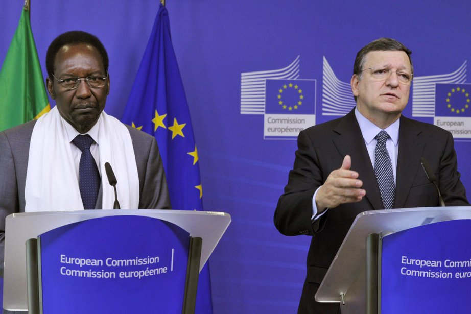 Le président de la Commission européenne, José Manuel... (Photo Georges Gobet, AFP)