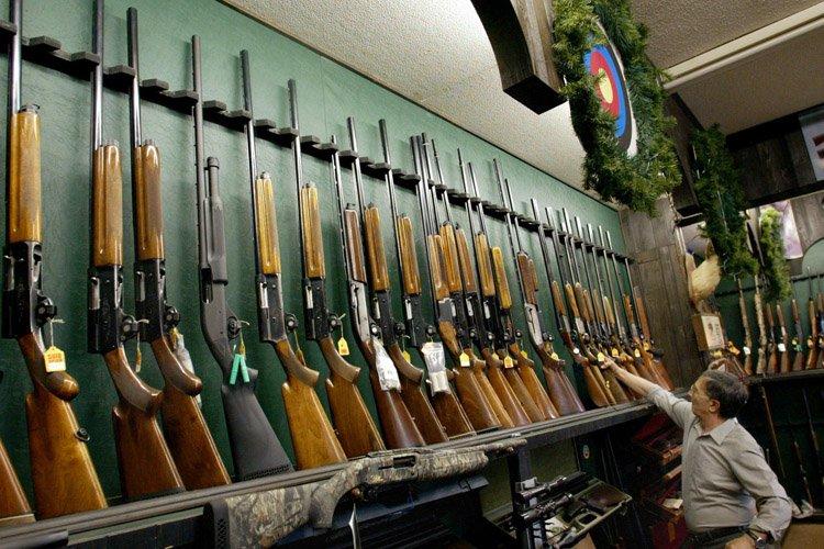 Des membres de la National Firearms Association (NFA)... (Photo: PC)