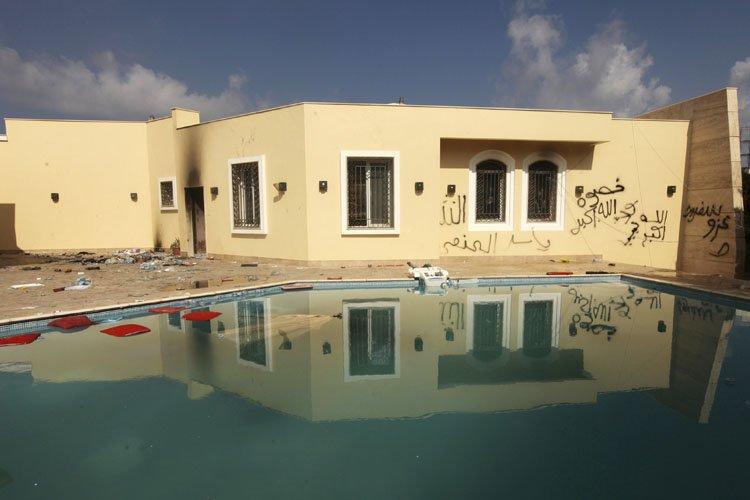 Le consulat américain à Benghazi le lendemain de... (Photo: Reuters)