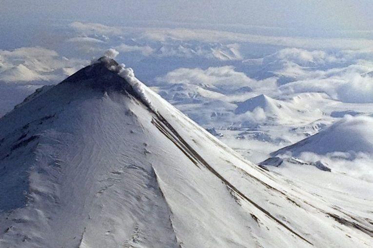 Selon des responsables de l'Alaska Volcano Observatory, le... (Photo Brandon Wilson, Archives AP)