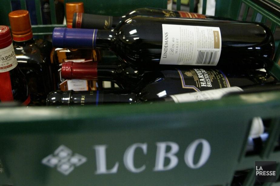 Les dirigeants de la Liquor... (Photo: André Tremblay, Archives La Presse)