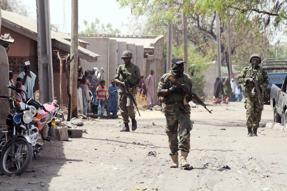 L'armée nigériane a lancé, hier, une offensive contre... (PHOTO PIUS UTOMI EKPEI, ARCHIVES AFP)