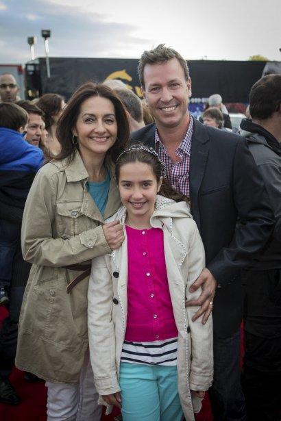Ricardo Larrivée et Brigitte Coutu ont fait plaisir à leur belle Jeanne, qui rêve de devenir voltigeuse. | 17 mai 2013