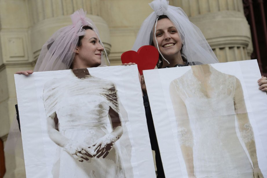 Le Parlement français avait ouvert le 23 avril... (PHOTO BERTRAND GUAY, AFP)