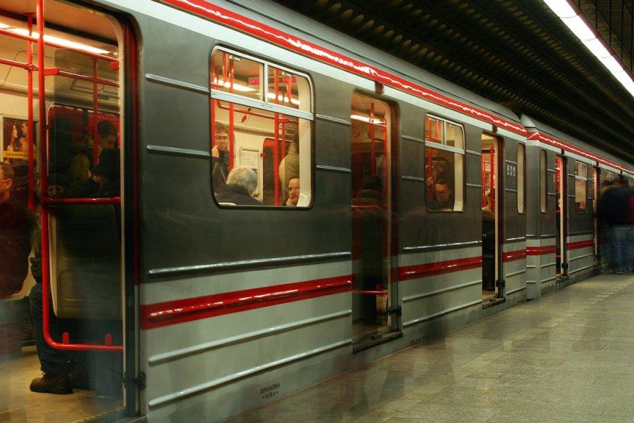 Le métro de Prague... (Photo Nathan Jaskowiak/shutterstock.com)