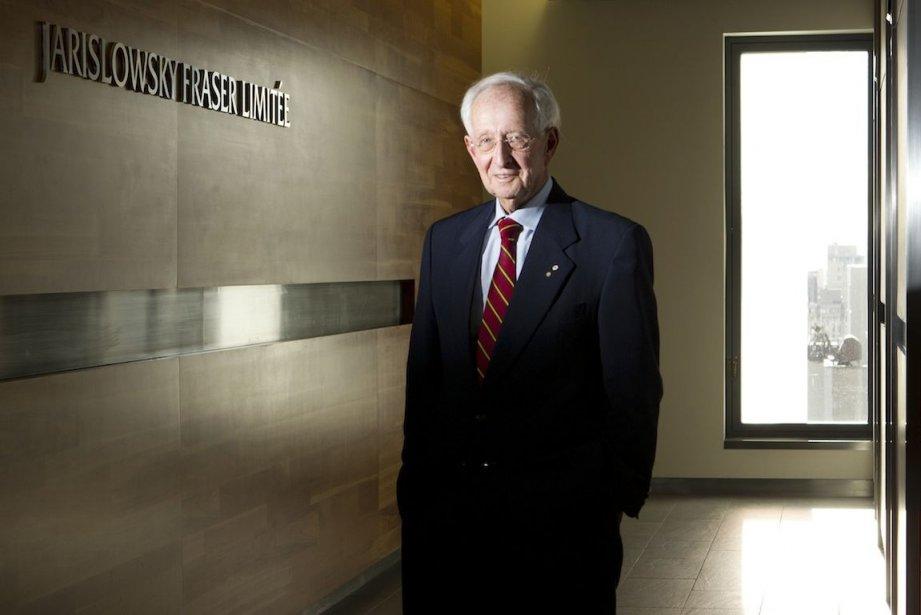 Stephen Jarislowsky prie l'Autorité des marchés financiers de... (PHOTO MARTIN CHAMBERLAND, Archives LA PRESSE)
