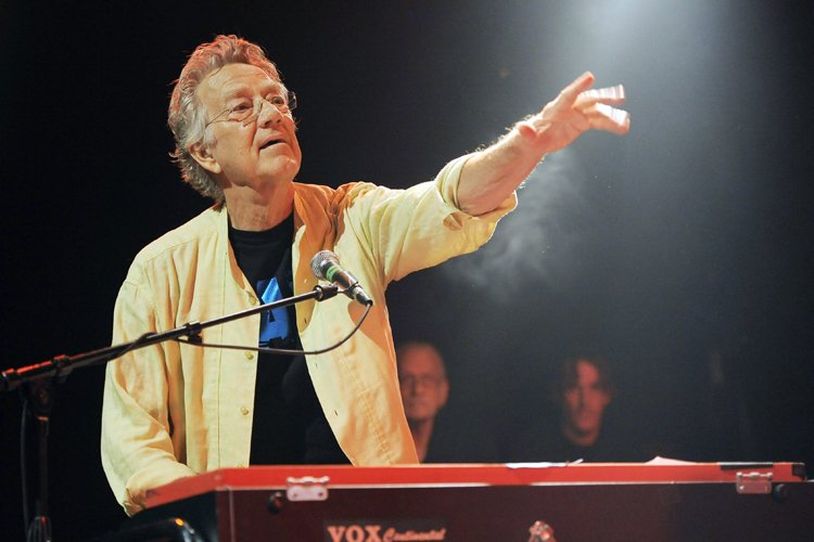 Ray Manzarek en août 2012.... (Photo: AP)