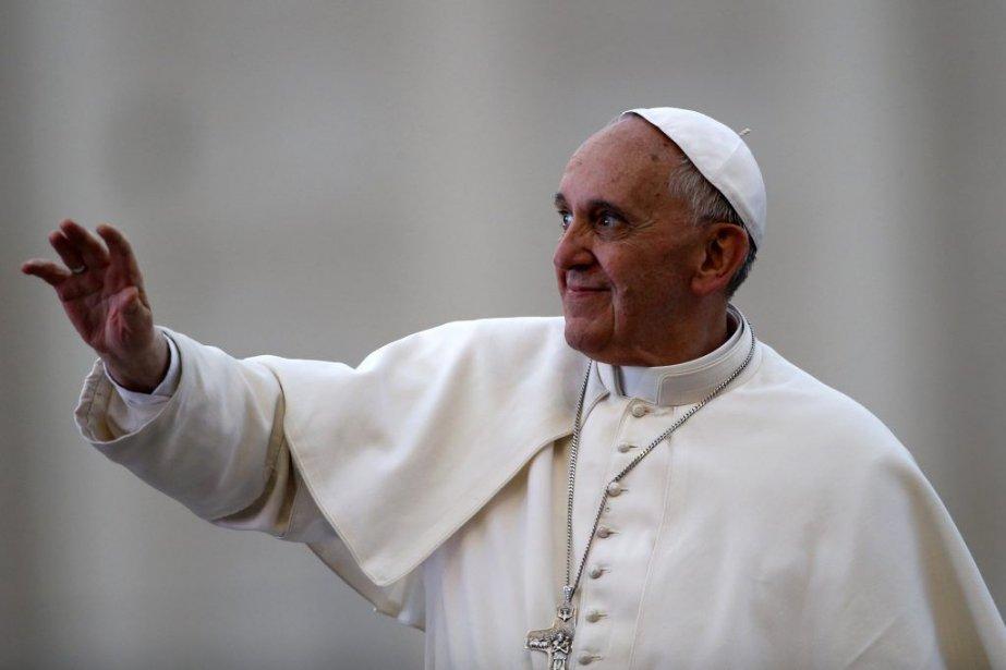 Le pape François lors de la messe de... (Photo Reuters)