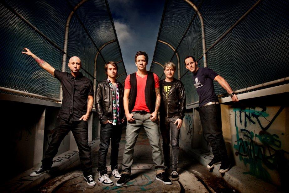 Les membres du groupe Simple Plan : Jeff... (PHOTO ARCHIVES LE DROIT)