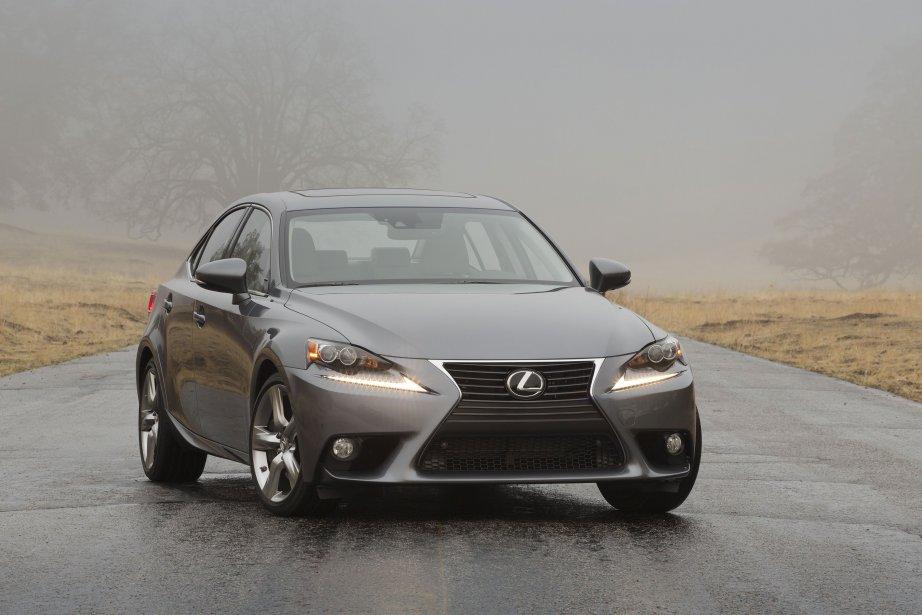 La Lexus IS 2014... (Photo fournie par Lexus)