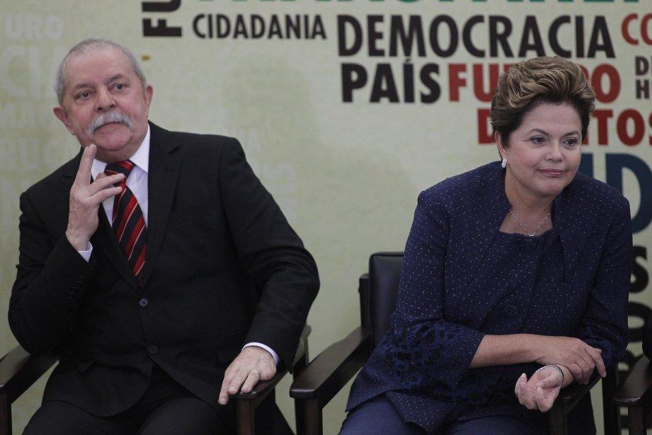 L'ancien président brésilienLuiz Inacio Lula da Silva avec... (Photo Ueslei Marcelino, Reuters)