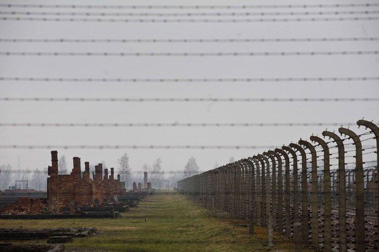 Plus d'un million de personnes périrent dansle camp... (Archives AFP)