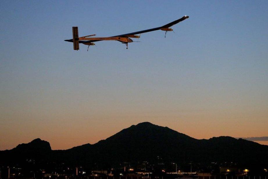 L'avion solaire, piloté par le Suisse André Borschlberg,... (PHOTO MATT YORK, AP)