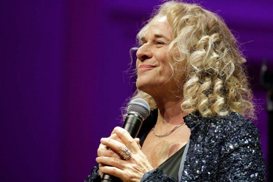 Carole King lors de la remise du prix... (Photo: AP)
