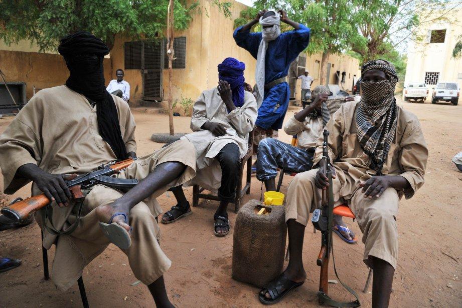 Quelques membres du groupe islamiste arméLe Mouvement pour... (PHOTO ISSOUF SANOGO, ARCHIVES AFP)