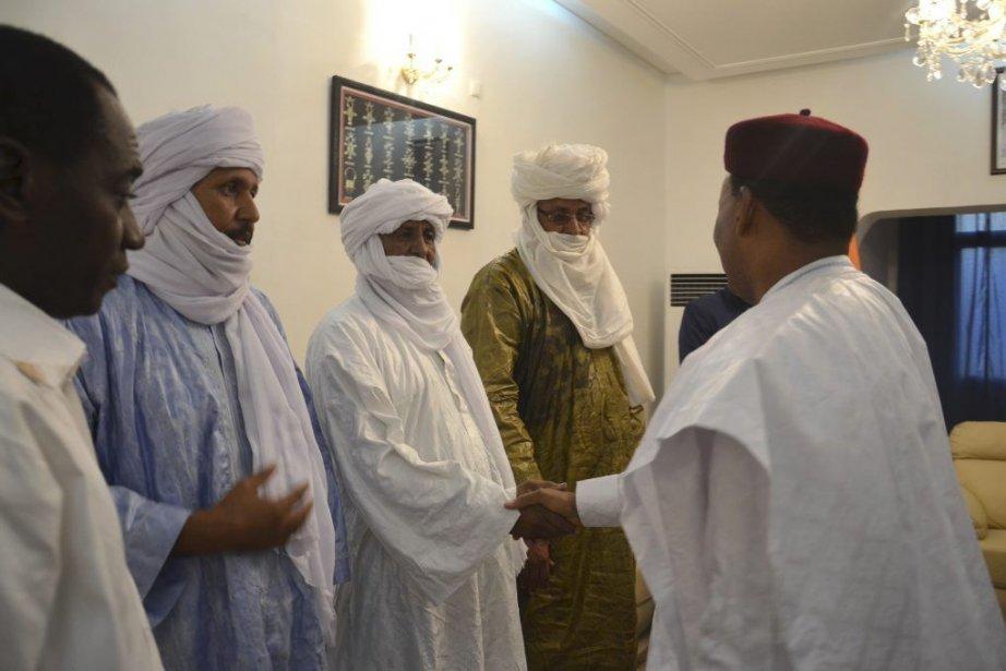 Le président nigérien Mahamadou Issoufou a reçu des... (PHOTO BOUREIMA HAMA, AFP)