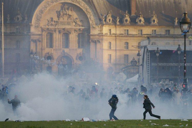 Selon un sondage publié dimanche, près des trois... (Photo: AFP)