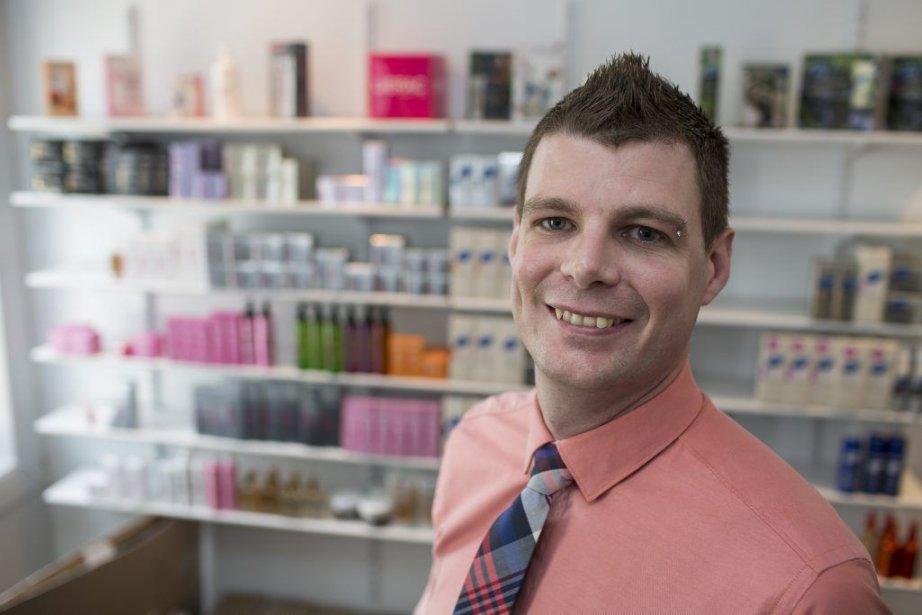 David Ferron, responsable régional des ventes... (PHOTO OLIVIER PONTBRIAND, LA PRESSE)