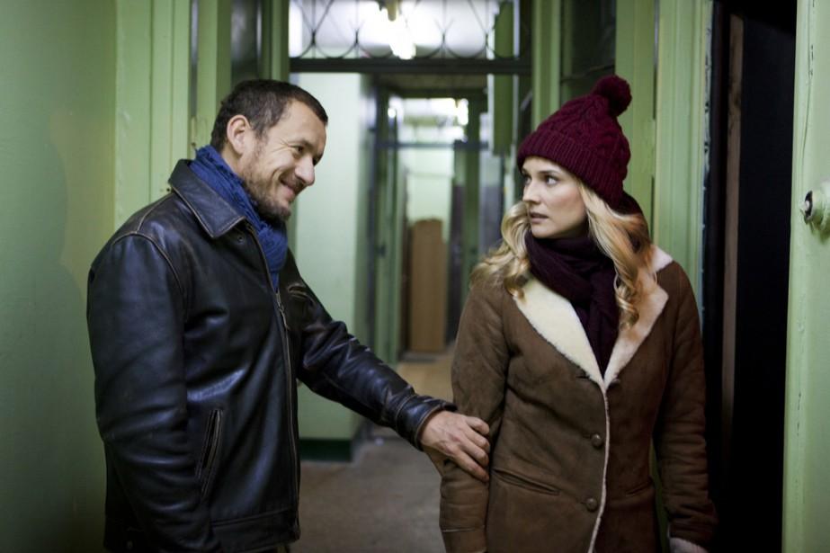 Dany Boon et Diane Kruger dans Un plan... (PHOTO FOURNIE PAR LES FILMS SÉVILLE)