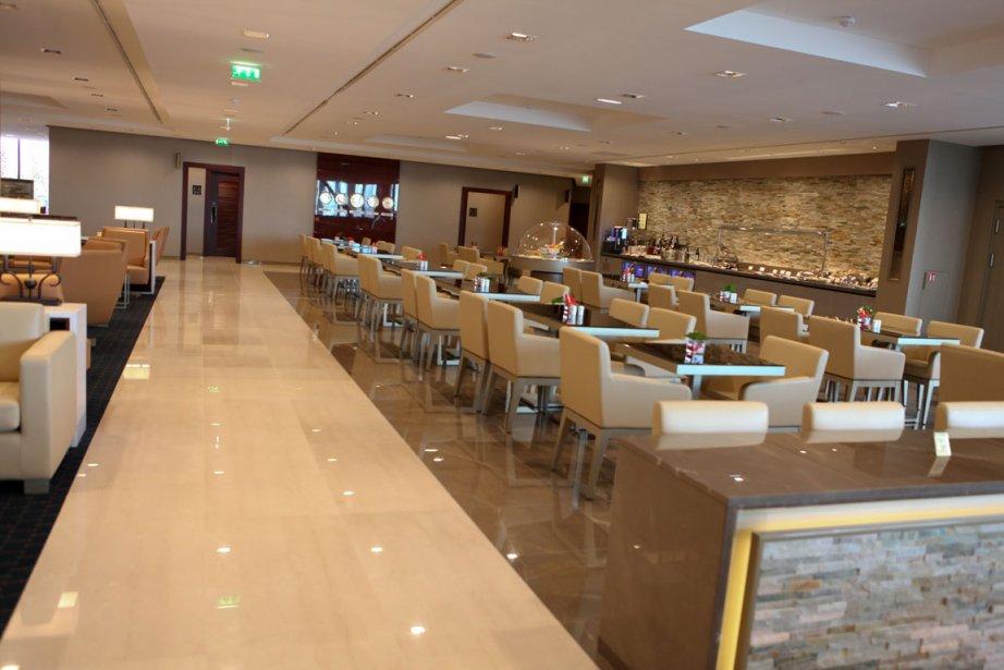 Salon première classe et classe affaires d'Emirates à... (Photo: Mat Beaudet)