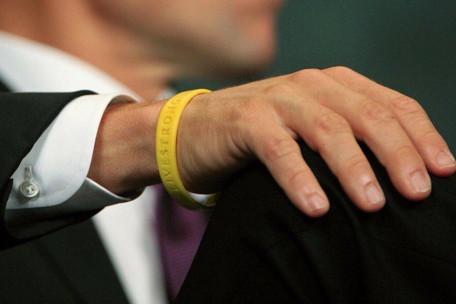Le bracelet de la fondation Livestrong porté par... (Photo archives Reuters)