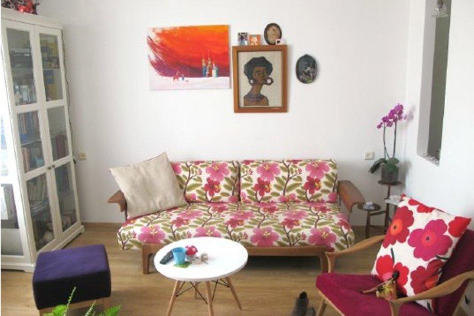 Le studio coloré, fleuri et féminin à souhait... (PHOTO APARTMENT THERAPY)