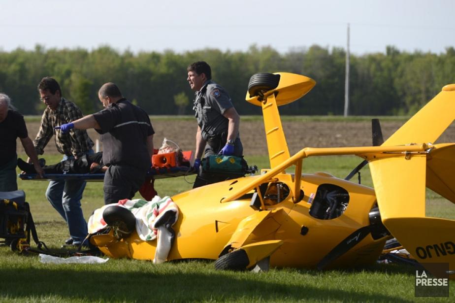 L'homme a été transporté à l'hôpital où il... (Photo: Bernard Brault, La Presse)