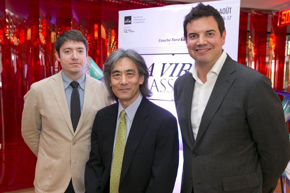 EntourantKent Nagano: le chef assistantNathan Brock(à gauche) et...
