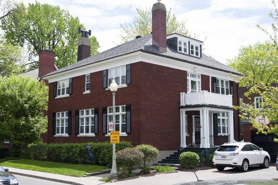 Westmount Cottage Classique Dans Une Rue Calme Val Rie V Zina Maisons De Luxe