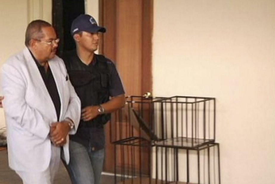 Arthur Porter en état d'arrestation au Panama.... (Photo La Presse Canadienne)