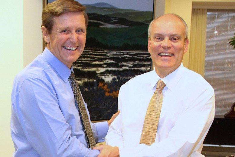 Rick Waugh et Brian Porter...