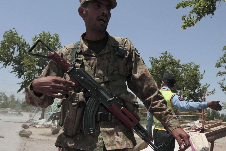 Au moins 19 insurgés et trois soldats ont perdu la... (PHOTO ARCHIVES REUTERS)