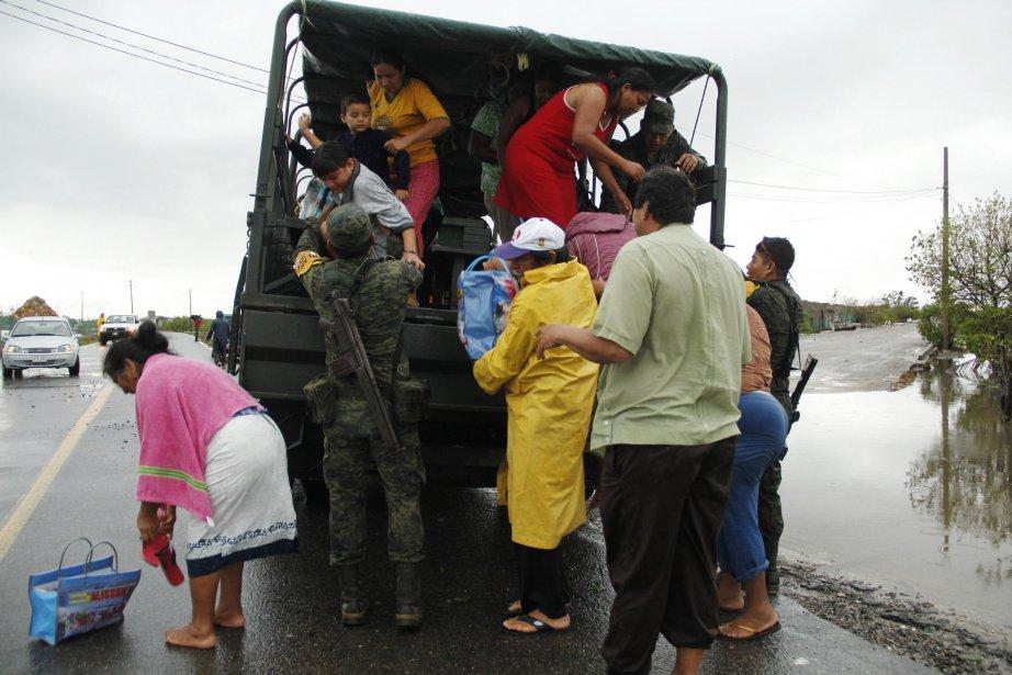 Le Mexique a déclaré l'état d'urgence dans... (Photo Jorge Luis Plata, Reuters)