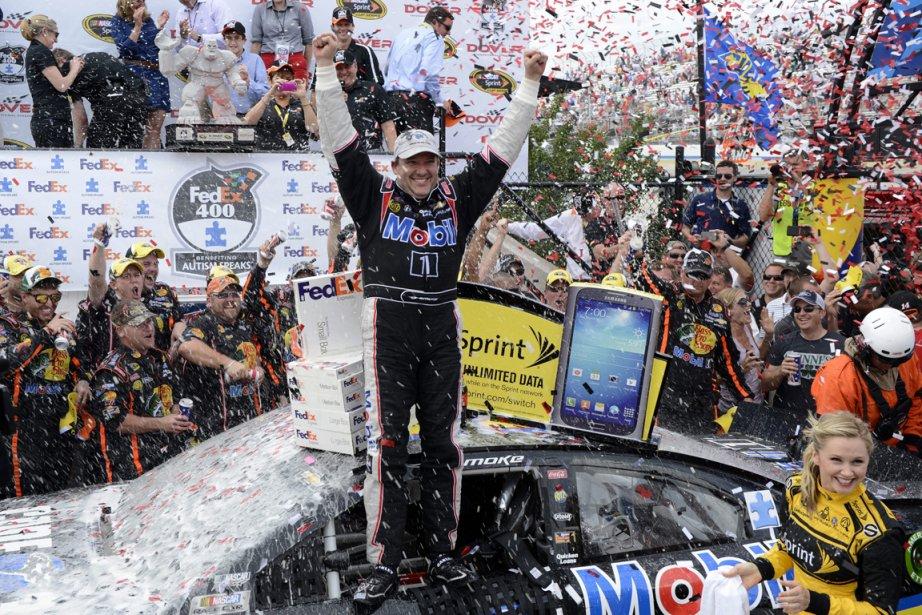 Stewart n'avait pas gagné à Dover depuis 2000.... (PHOTO Nick Wass, AP)