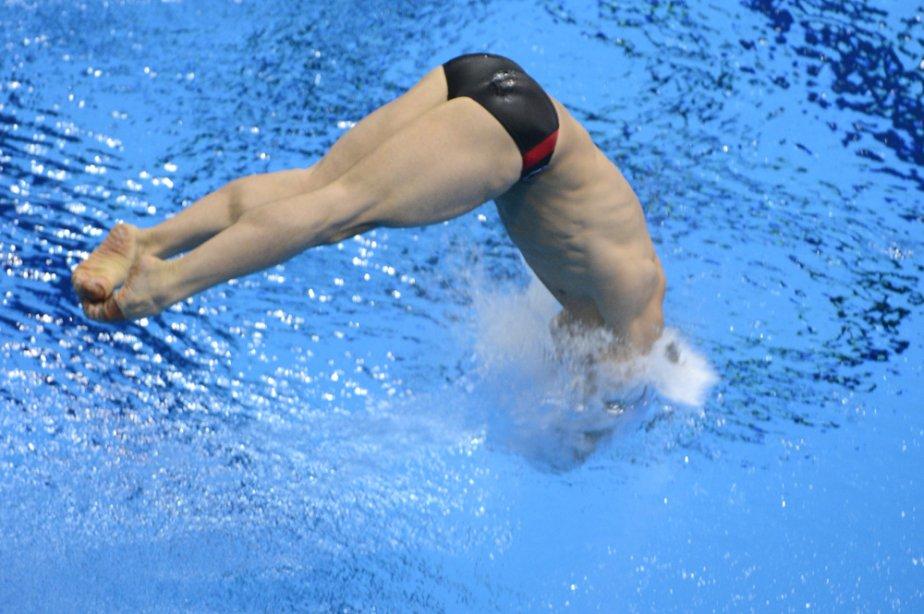 Six semaines après avoir subi une grave blessure à la tête en heurtant le tremplin lors d'un plongeon, Alexandre Despatie est de retour sur pieds à temps pour les Jeux de Londres de 2012. Malheureusement, il rate son dernier saut en carrière et ne peut faire mieux qu'une 11e place. | 4 juin 2013