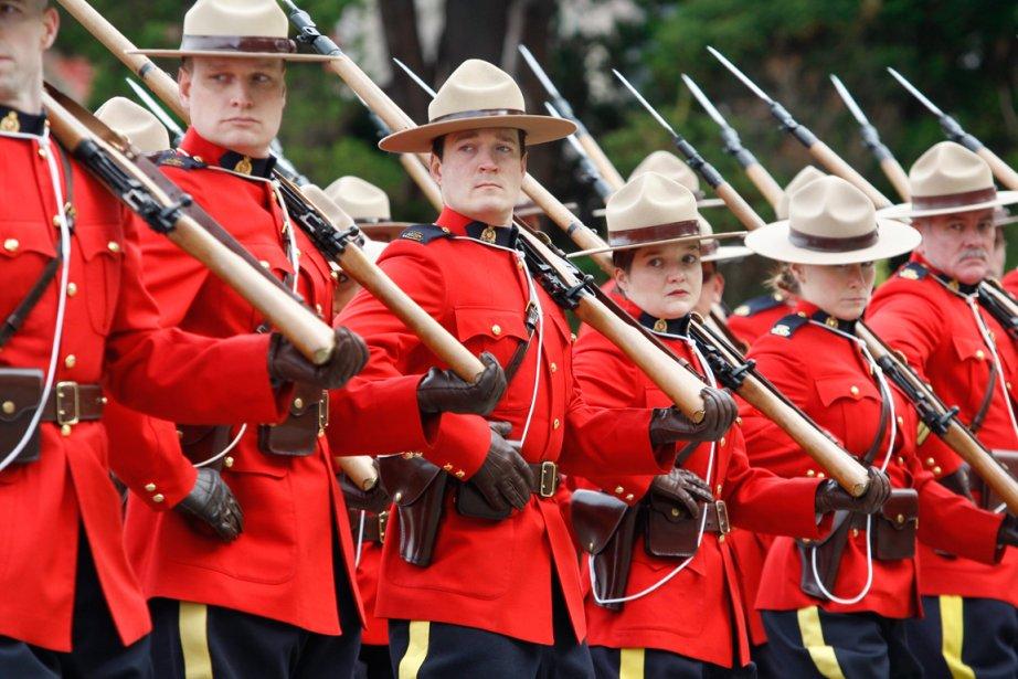 Par le passé, la Gendarmerie royale du Canada... (PHOTO CHAD HIPOLITO, LA PRESSE CANADIENNE)