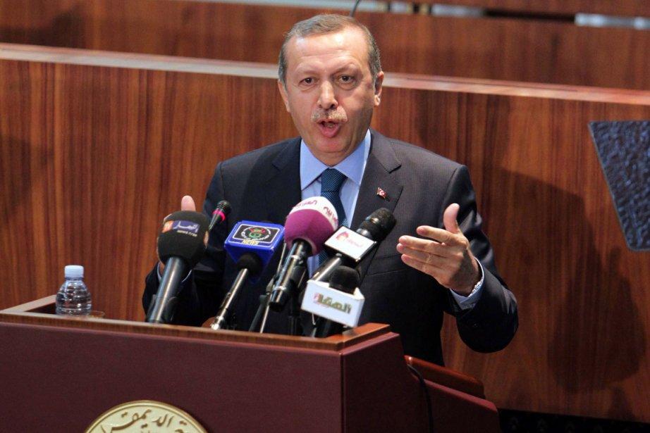 En faisant allusion au conflit qui ensanglante la... (PHOTO FAROUK BATICHE, AFP)