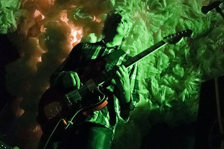 Lee Ranaldo en spectacle à Brooklyn en décembre... (Photo: archives La Presse)