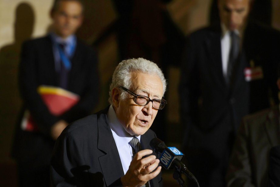 L'envoyé spécial de l'ONU et de la Ligue... (PHOTO  FABRICE COFFRINI, AFP)