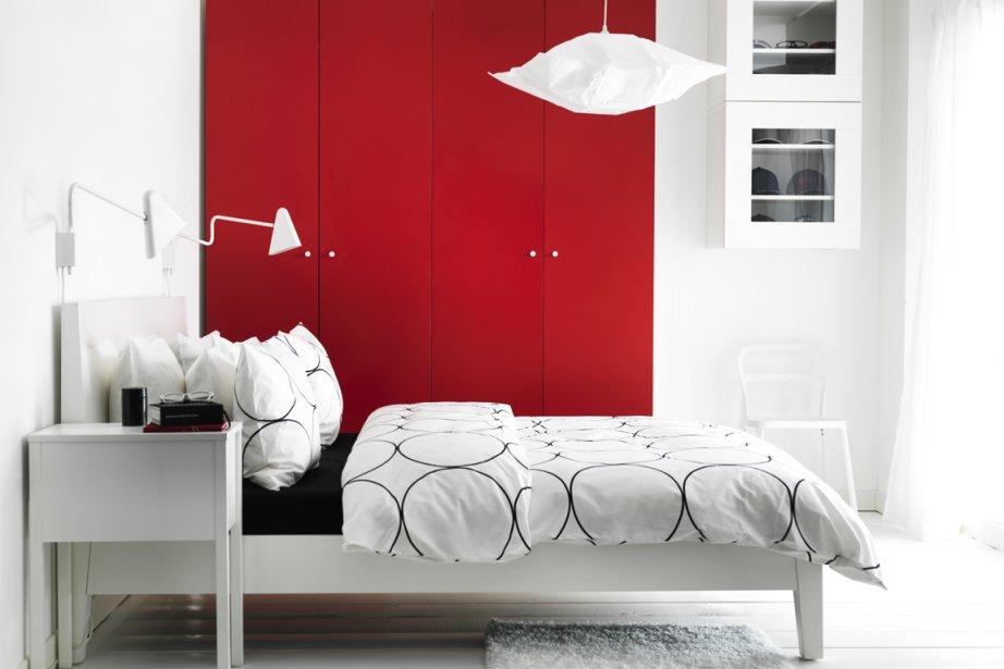 Ikea, dont le célèbre catalogue est... (Photo tirée du catalogue IKEA 2012-2013)
