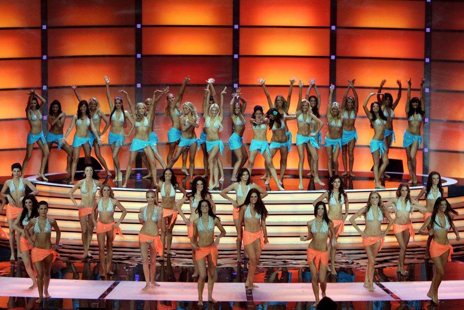 Les 137 jeunes femmes prenant part au concours... (Photo Janek Skarzynski, Agence France-Presse)