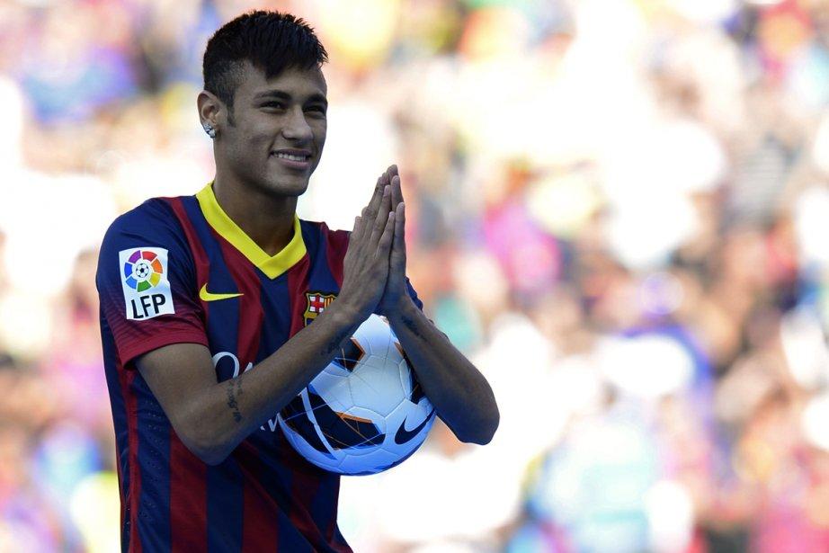Neymar, le nouvel attaquant brésilien du FC Barcelone.... (Photo Lluis Gene, AFP)