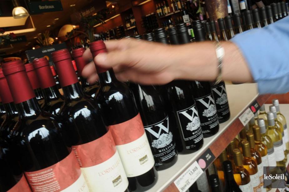 Les vins québécois représentent 0,85% des ventes de... (Photothèque Le Soleil)