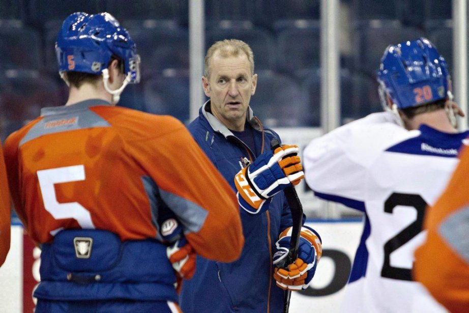 Ralph Krueger a perdu son poste d'entraîneur-chef après... (PHOTO JASON FRANSON, LA PRESSE CANADIENNE)
