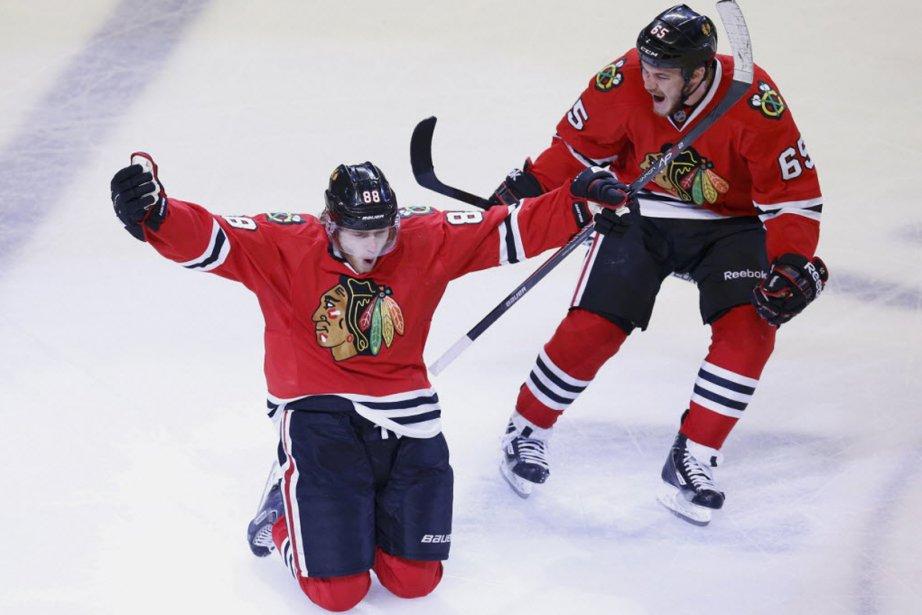 Les Blackhawks de Chicago éliminent les Kings de... (PHOTO JIM YOUNG, REUTERS)