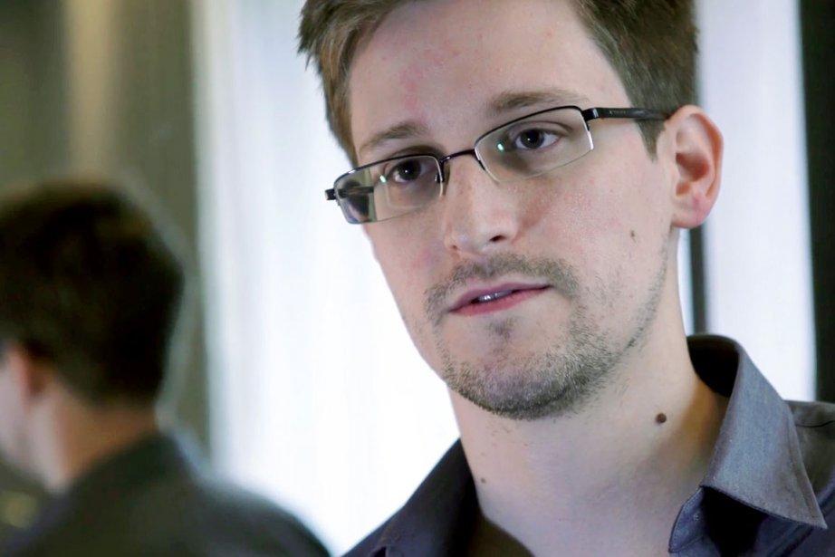 Edward Snowden dit risquer sa vie pour permettre... (PHOTO AP/THE GUARDIAN)