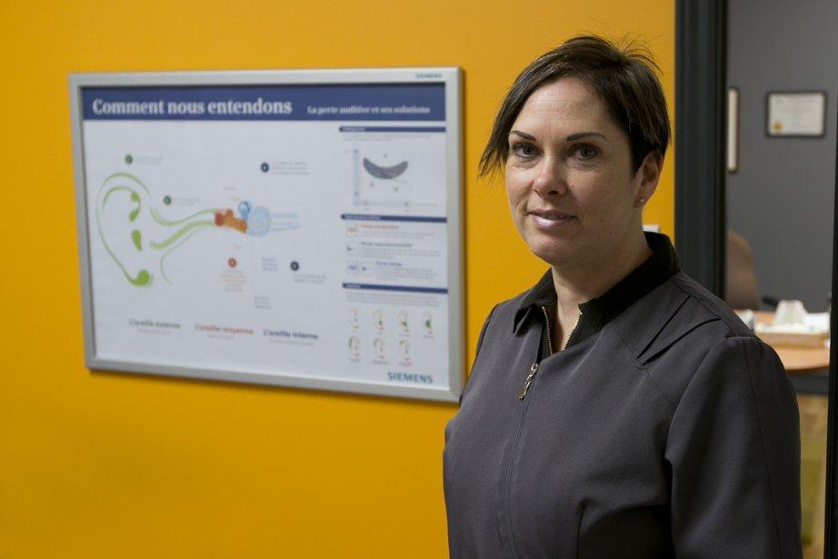 Julie Kovacs est audioprothésiste depuis 22 ans et... (PHOTO Hugo-Sébastien Aubert, La Presse)