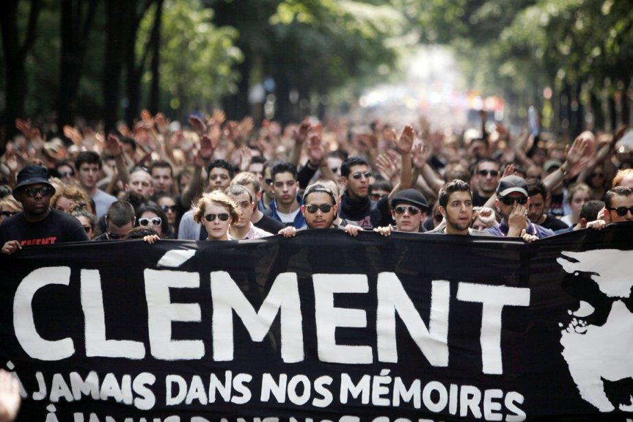 Les Français ont été nombreux à dénoncer l'agression... (PHOTO THIBAULT CAMUS, ARCHIVES AP)